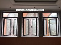 Mẫu cửa sổ nhôm Xingfa mở quay 2 cánh + Fix cố định bên trên