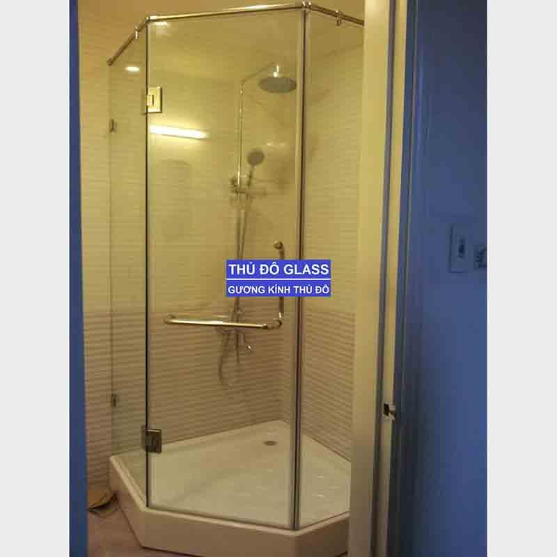Những rủi ro khi lắp đặt phòng tắm kính giá rẻ
